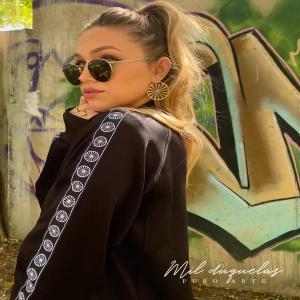 🔥NUEVO🔥  Chaqueta de chándal estilo bomber con bordado en la nuca y colgante en la cremallera. 🤭😍🤤💙♥️💚  Disponible de la S a la 3XL. *Unisex  ¡YA EN NUESTRA WEB!  WWW.MILDUQUELAS.COM  . . .  #ruedagitana #romawheel #romapeople #pueblogitano #opreroma #opreromnja #rromanoustipen #resistenciagitana #gypsy #gypsi #chandal